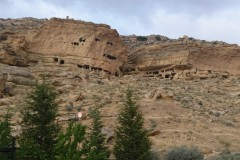 Manazan-Mağaraları-Karaman-8-Orta